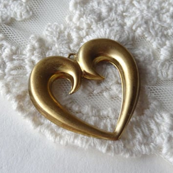 3- Gold Heart Charms Large Metal 3cm Vintage Style Gold Cut Out Heart Shaped Pendants Diy Jewelry Making Supplies