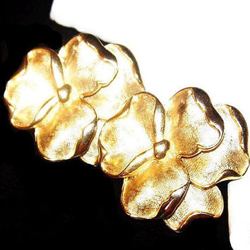 "Crown Trifari Flower Earrings Signed Pansies Gold Metal 1 1/8"" Vintage"