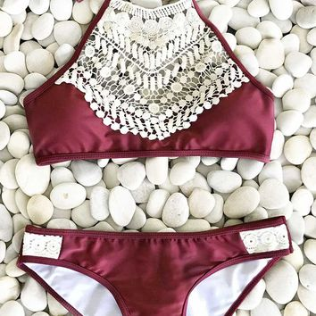 Cupshe Blooming Above Lace Bikini Set