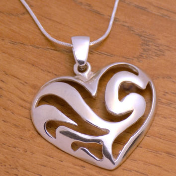 Vintage Solid Sterling Silver Lovely Heart Pendant 925 Hallmark Charming Beautiful Elegant Gently Marvelous Incredible Handmade Handcrafted