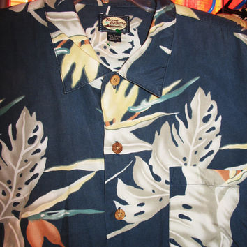 collectible Vintage hawaiian shirts