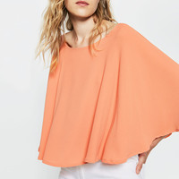 FLOWING LAYERED TOP