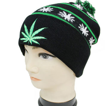 * Embroidered Weed Beanie With Pom Pom And All Over Print In Black