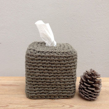 Crocheted Tissue Box Cover,  Olive Green, Cotton Ecologic Yarn, Housewares