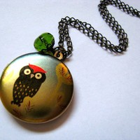 The Red Top Owl Altered Art Locket .. on Luulla