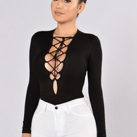String You Along Bodysuit - Black