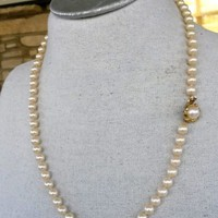 """Vtg Glass Pearl Single Strand Necklace Princes Knotted 23.5"""" 7mm"""
