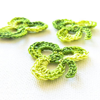 Shamrock motif crochet applique St Patrick's day by Mashacrochet