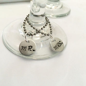 Wine Glass Charms - Bride & Groom Gift - Mr and Mrs - Wine Charms - Wedding Favors - Wine Lover Gift - Drink Charms - Dinner Party