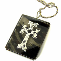 Vintage Silver Overlay Cross On Agate Pendant Necklace