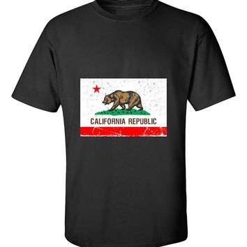 California Flag Vintage California Republic Flag Cali Bear West Coast T-Shirt