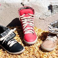 DeBlossom Cassey-5 Lace Up Sneakers