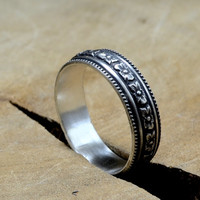 Hibiscus Flower Sterling Silver Patterned Fitted Ring with Antique Patina