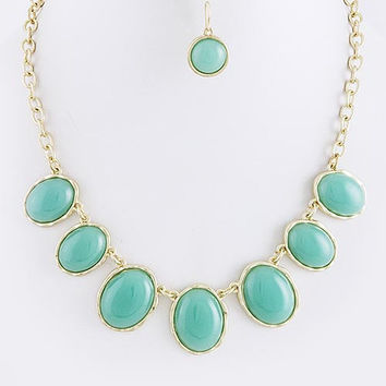 Turquoise Lacquered Oval Jewel Necklace Set