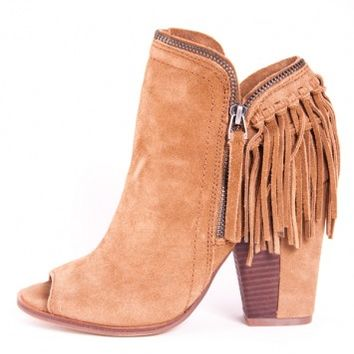 PROMISE BOOTIE/ COGNAC by DV BY DOLCE VITA