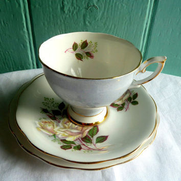 Teacup English 1950's Royal Standard 'White by TheDorothyDays