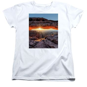 Mesa Arch Sunburst - Women's T-Shirt (Standard Fit)