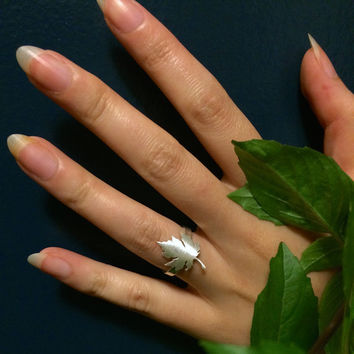 sterling maple ring, sugar maple leaf, sterling silver adjustable ring, autumn leaves