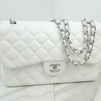 AUTHENTIC Chanel Jumbo Double Flap Classic White Lambskin Leather Shoulder Bag