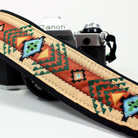 Camera Strap with pocket, dSLR or SLR, Southwestern, Tribal
