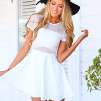 MESHING AROUND DRESS - White dress with mesh panels