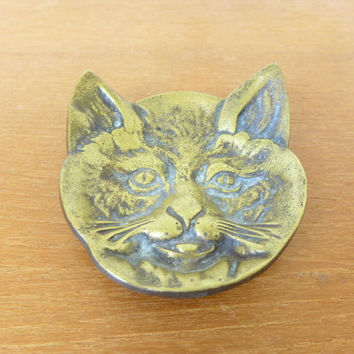 Cast brass cat match dish, trinket dish, pin dish