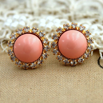 Stud earring Blush Pink pearls, bridal earrings, bridesmaids earrings - 14k plated gold post earrings real swarovski pearls.
