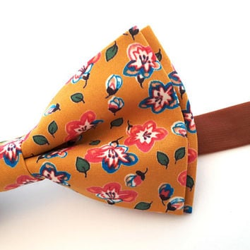 Yellow Floral Bow Tie - Mustard Bow Tie With Small Flowers - Mens Bow Tie - Groomsman Bow Tie - Wedding Tie - Pocket Square