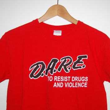 "Vintage '90s Red DARE T-Shirt ""Drug Abuse Resistance Education"" - Small"