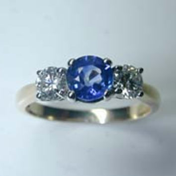 1.94ct Round Diamond Sapphire Engagement Ring 18kt gold  JEWELFORME BLUE
