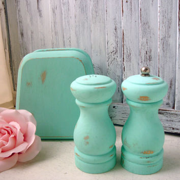 Aqua Salt and Pepper Shakers with Napkin Holder, Shabby Chic Hand Painted Wooden Pepper Grinder and Salt Shaker Set, Kitchen Gift Ideas