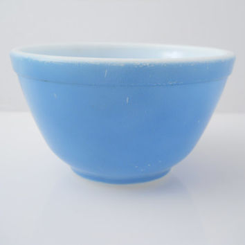 Pyrex Nesting Primary Colors Blue 1 1/2 Pint Mixing Bowl