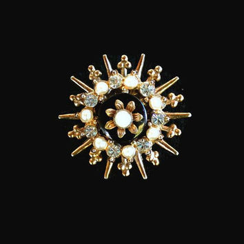 Starburst Brooch Pin, In Gold Tone With Faux Pearls And Clear Rhinestones