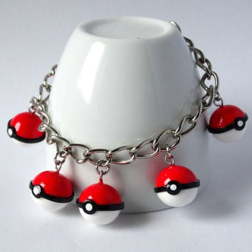 Pokemon pokeball charm bracelet geeky