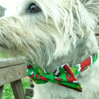 Grinch Bow Tie Collar For Small to Medium Sized Dogs