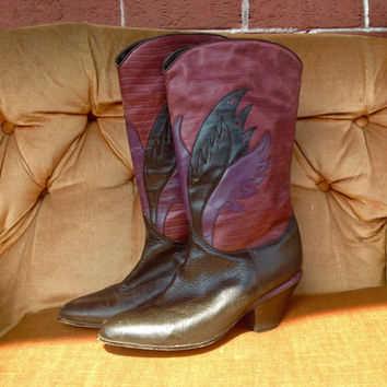Vintage size 10 1970s beautiful vintage purple and black leather flame westen cowboy boots!