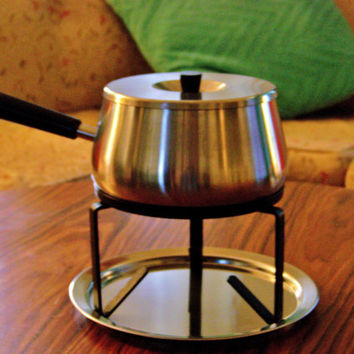 Mid Century Modern Vintage Inox Stainless Steel 18/8 Made in Switzerland Fondue Pot