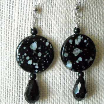 Spotted Shell Earrings, Black and White Earrings, Polka Dot Earrings,Jet Spotted Shell Earrings