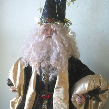 Amazing Vintage Merlin Figurine Doll - 1980s Retro Wizard Figurine with Crystal & Bird - Large, Tabletop Gandalf Figurine