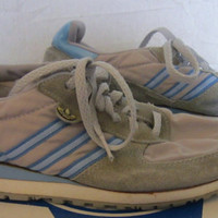Vintage Rare 1985 ADIDAS ATHLETIC Striped Casual Women Size 7 Running Trefoil Amazing SHOES