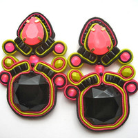 NEON GENESIS soutache earrings in black, neon pink and lime green