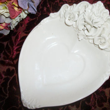 Soap Dish Vanity Table Trinket Bowl Italian Pottery White Ceramic Heart with Flowers Feminine Cottage Victorian Bathroom Accessory