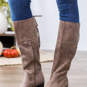 Not Rated Hermosa Boot- Taupe