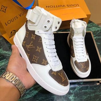 LV Tide brand new women's classic old flower logo high to help sports shoes white coffee print