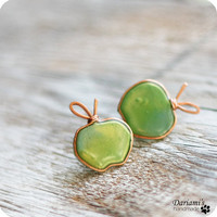 Post earrings Green apples by Dariami on Etsy