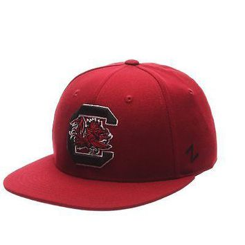 Licensed South Carolina Gamecocks NCAA M15 Size 7 1/2 Fitted Hat Cap by Zephyr 088777 KO_19_1