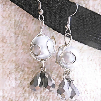 Sterling Silver Wire Wrapped Pearl & Crystal Teardrop Earrings Silver Pearl and Crystal Teardrop Dangle Earrings for Wedding, Bridal Jewelry