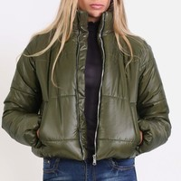 Cropped Puffer Jacket in Khaki Green – pilot