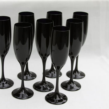Holiday Champagne Flutes Black Amethyst Glass Vintage Black Purple Rare A tad Goth