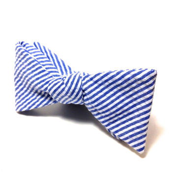 Mens Seersucker Blue Bow Tie, Adjustable Self Tie Bow Tie with Blue and White Stripes, Great Spring Fashion Preppy Bow Tie